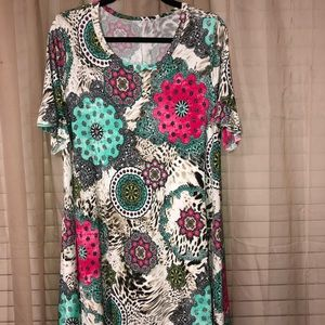 NWOT Boutique Shirt with Pockets Size 1X